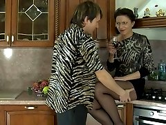Nasty mature gal in dark pantyhose ready for everything after oral foreplay