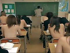 Why Japanese Boys Enjoy Their Schooldays !