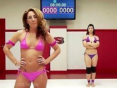 extrem lesbiene erotic wrestling