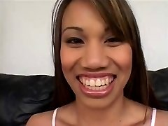 Lucy Thai Fyller Upp Henne DP Dubbel Creampie 420
