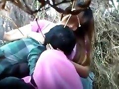 Thai jente onani busker