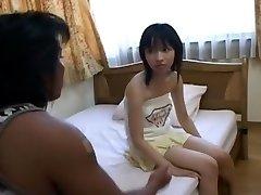 Kaori Wakaba non censurée de la Vidéo Hardcore avec Avaler scène