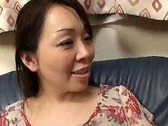 39year old Yuna Yumami Is a Super Squirter (Uncensored)