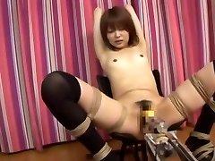 Невероятная Японская цыпочка Мию Сугиура в сказочные маленькие сиськи, порно яв машины клип