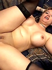 Chubby chick takes it up the ass