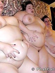 BBW threesome all girl sex