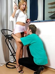 Well-hung doctor throwing his butt on strap-on of smashing looking chick