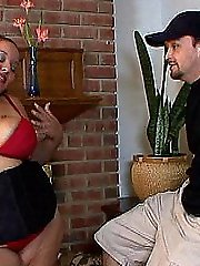 Crazy fuck session with a chubby hooker