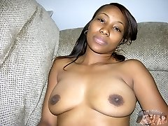 Amateur Black Girl Models Bare And Spreads Her Backside - Silicicy Model
