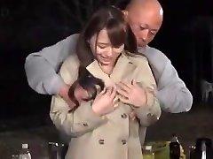 Marina Shiraishi huge boobs gal have hump outdoor