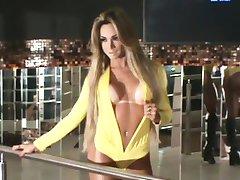 Sarah Linss 02 • www.transexluxury.com