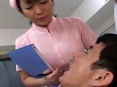 Giapponese dentista e l'infermiera sputare sul paziente