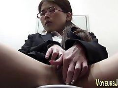 日本のホー masturbating