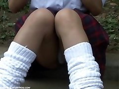 Pubic Hairs And Upskirt Underpants