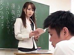 Mignonne Japonaise Salope Frapper
