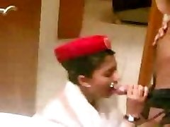 émirat arabe steward de cabine pipe avant le vol