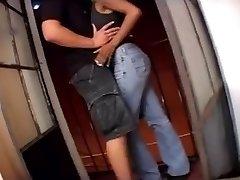 Thai fille éjacule sur la caméra