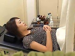 מקסים שעיר יפני רחב מקבל זיין על ידי הגינקולוג שלה