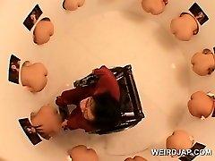 מהממת יפנית בובות השתתפות מצחיק מין תחרות