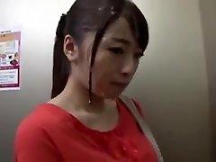 Publick Bukkake בחורה יפנית