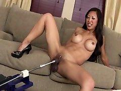 Splendid FIT ASIAN Cougar TIA FUCKS DILDO MACHINE ROBOT