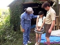 Video_ Little Japanese babe outdoor facialized