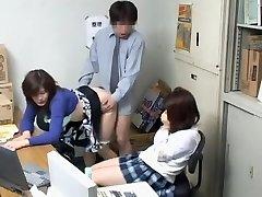 Kukkoló videó rossz szopás, japán fúrás