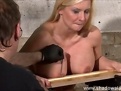 Tit fucking kink of busty Melanie Moon in vag pain