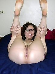 Inexperienced Egghead Modeling Nude With Glasses - Bailey Model