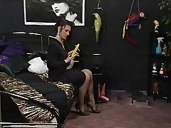 A good Maid meets her Domme Lesbian Dreams