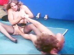 Suck Off Annie Classic Catfight