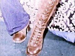 Linda Lovelace 8mm Loop - Open pussy, ram foot!