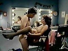 레 애슐리 및 존 레슬리에서 Fleshdance(1983)