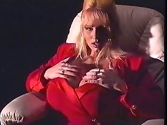 Lisa Lipps Solo