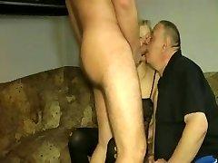 Bisex cuckold !