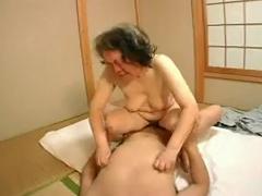 Japonský Starí Rodičia, 60+