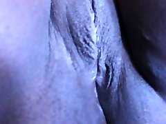 wife shaving pussy 2
