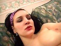 Arab bitch likes her vag slippery