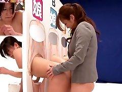 Hämmastav Jaapani hoor Saki Izumi, Hitomi Honjou, Mizuki, Amatöör-in Vapustav strapon, lesbi JAV clip