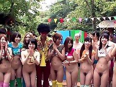 Ayaka Tomoda & Hitomi, Kitagawa em Erito Sexo Acampamento Parte 1 - TeensOfTokyo