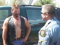 Lusty Cop Fucks Hot Dude   -  nial