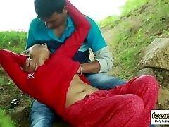 Desi indian woman romantic fucky-fucky in the outdoor jungle - teen99
