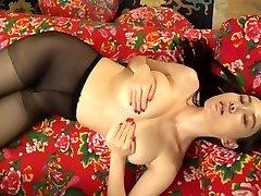 Japanese model Yi-Yang