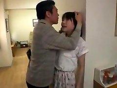 jeune salope japonaise soumise baisee beau père-pervers