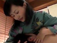 Japanska majka je bila iznenađena dječaka u putovanja