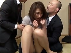 Hisae Yabe red-hot mature babe in mmf gang action