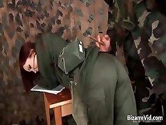 Stomende red haired wordt geslagen part3