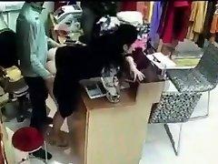 Baas sex heeft met een medewerker achter de kassa in China