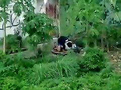 indonesisk - ngintip jilbab ngentot belakang bangunan