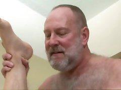 Bear Gangbang Part 1-2
